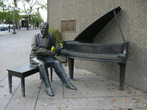 Oscar Peterson sculpture by Ruth Abernethy, 2010, National Arts Centre, Elgin and Albert Streets, Ottaawa